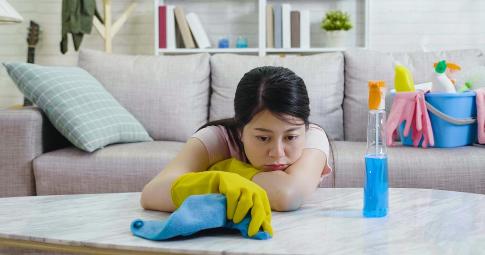 年末のストレス第1位はぶっちぎりで『大掃除』 第2位は『忘年会』🍻