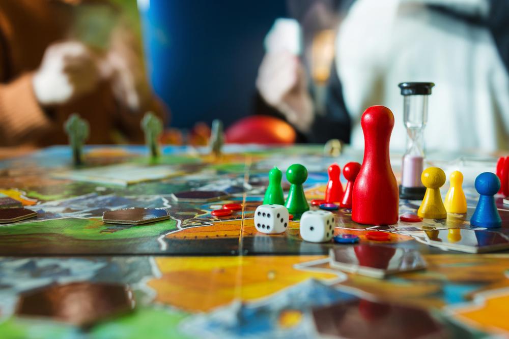 インドア趣味で注目を集める『ボードゲーム』の世界をご紹介🎲