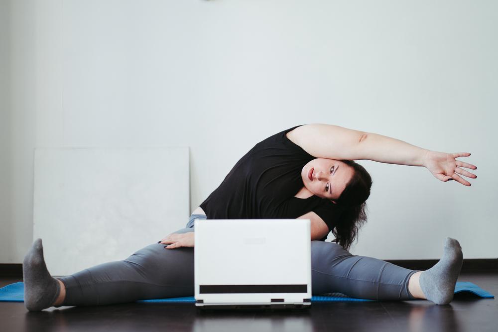 コロナ太りを解消する、自宅でできる簡単ダイエット法!