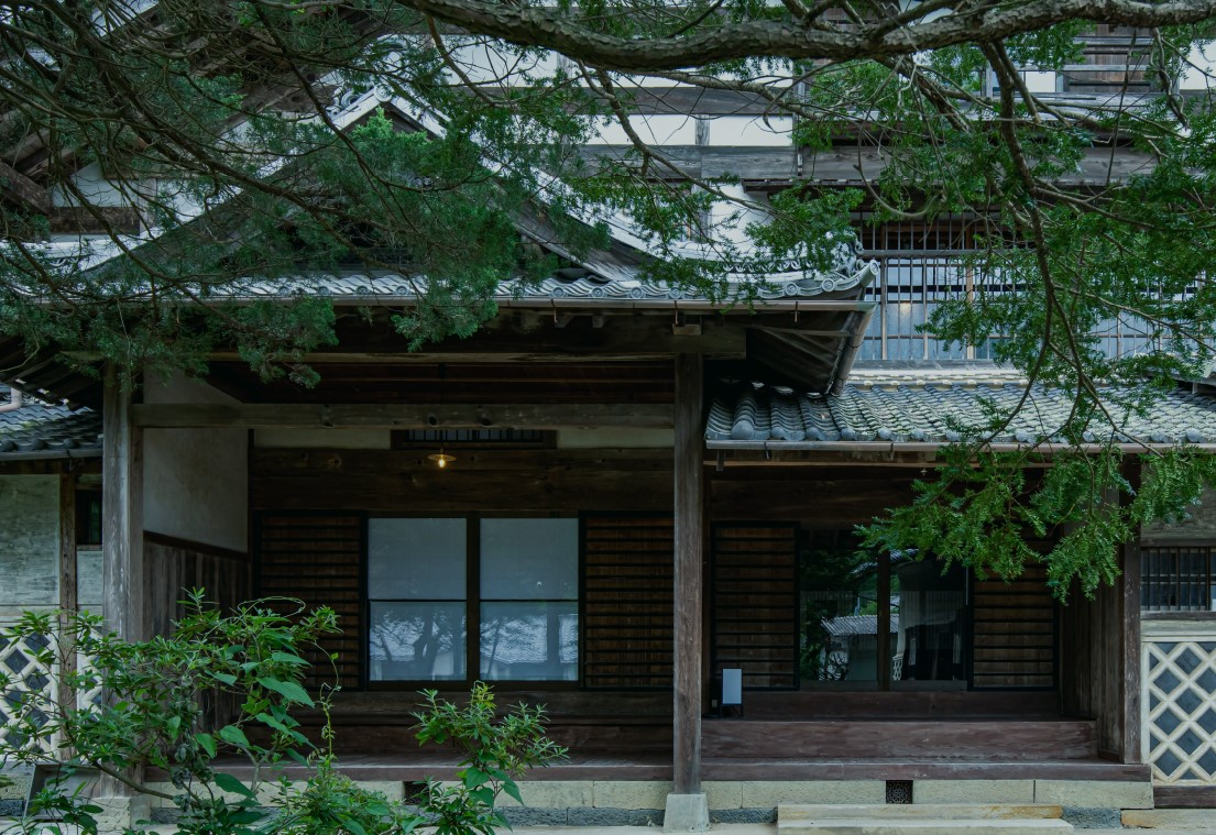タイムスリップ気分を味わえる、江戸時代の屋敷に泊まれる施設『Satoyama villa HONJIN』