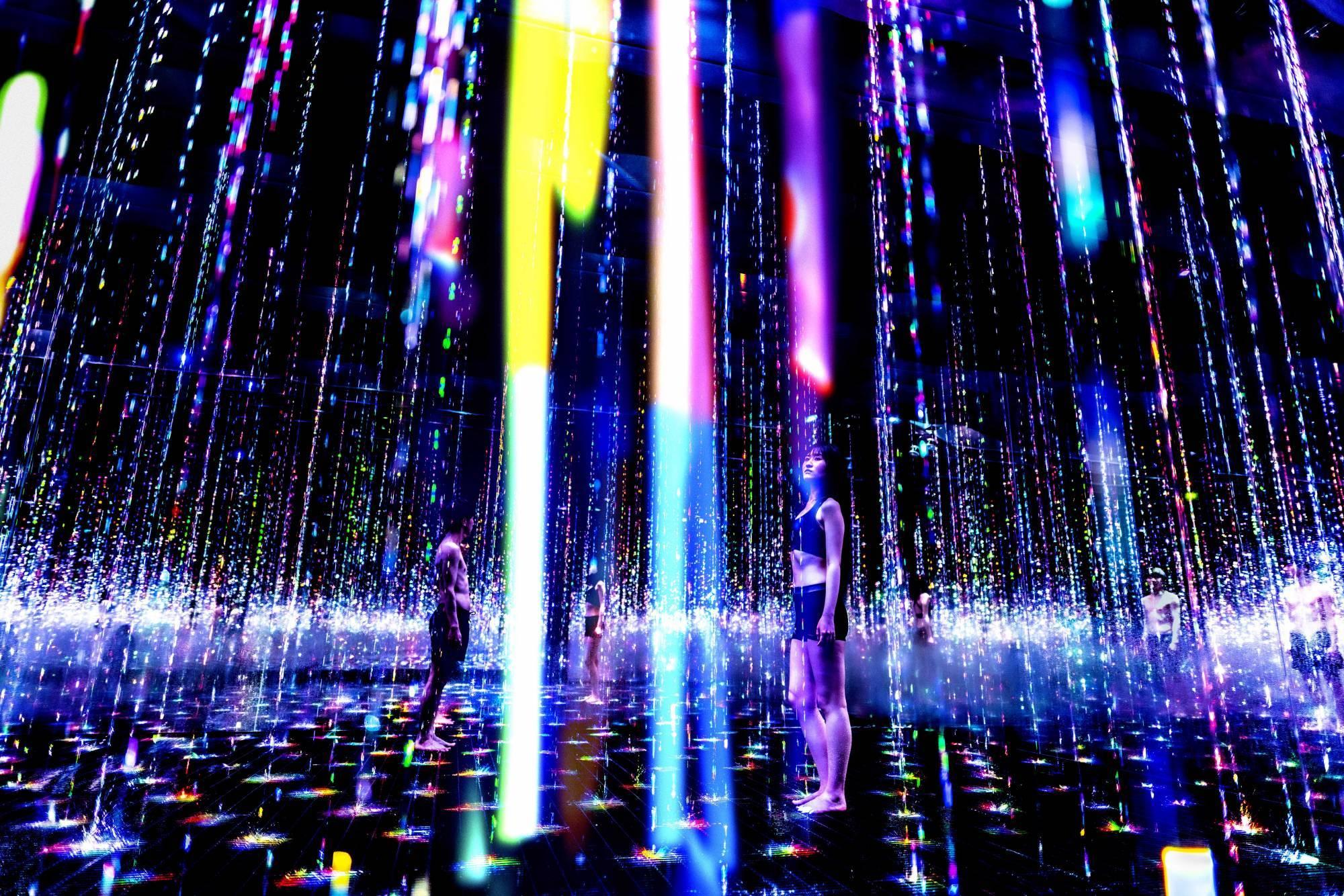 新感覚の『アート×サウナ』でととのう! チームラボリコネクトでアート浴を体験しよう