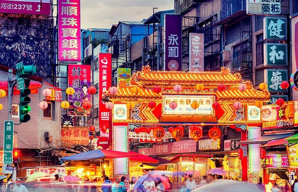 本場台湾夜市をモデルにしたグルメスポット「熱烈観光夜市」で東南アジアを旅した気分に…
